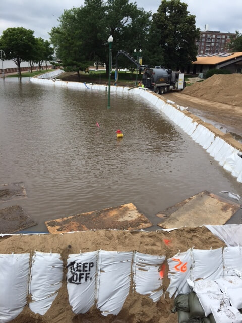 RIBS – Giant sandbags for flood protection