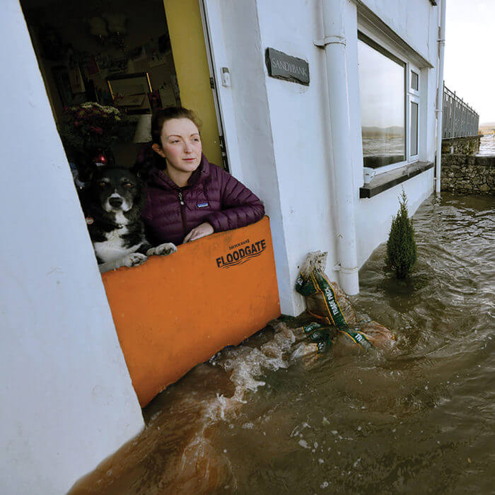 Quickdams Flood Gate Flood Protection – Protect a door from flooding