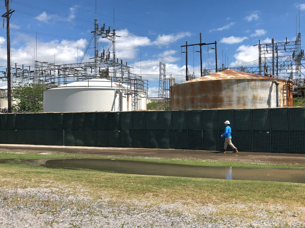 Flood Defense Group Protects Oil & Gas